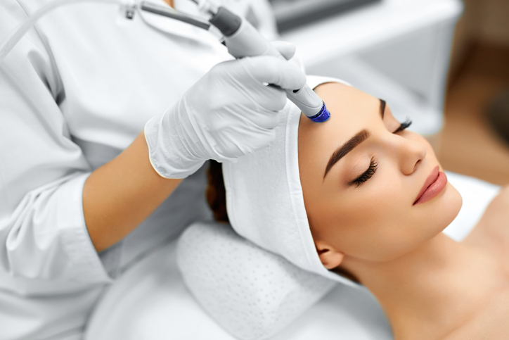 When to Start Anti-Aging Aesthetic Treatments
